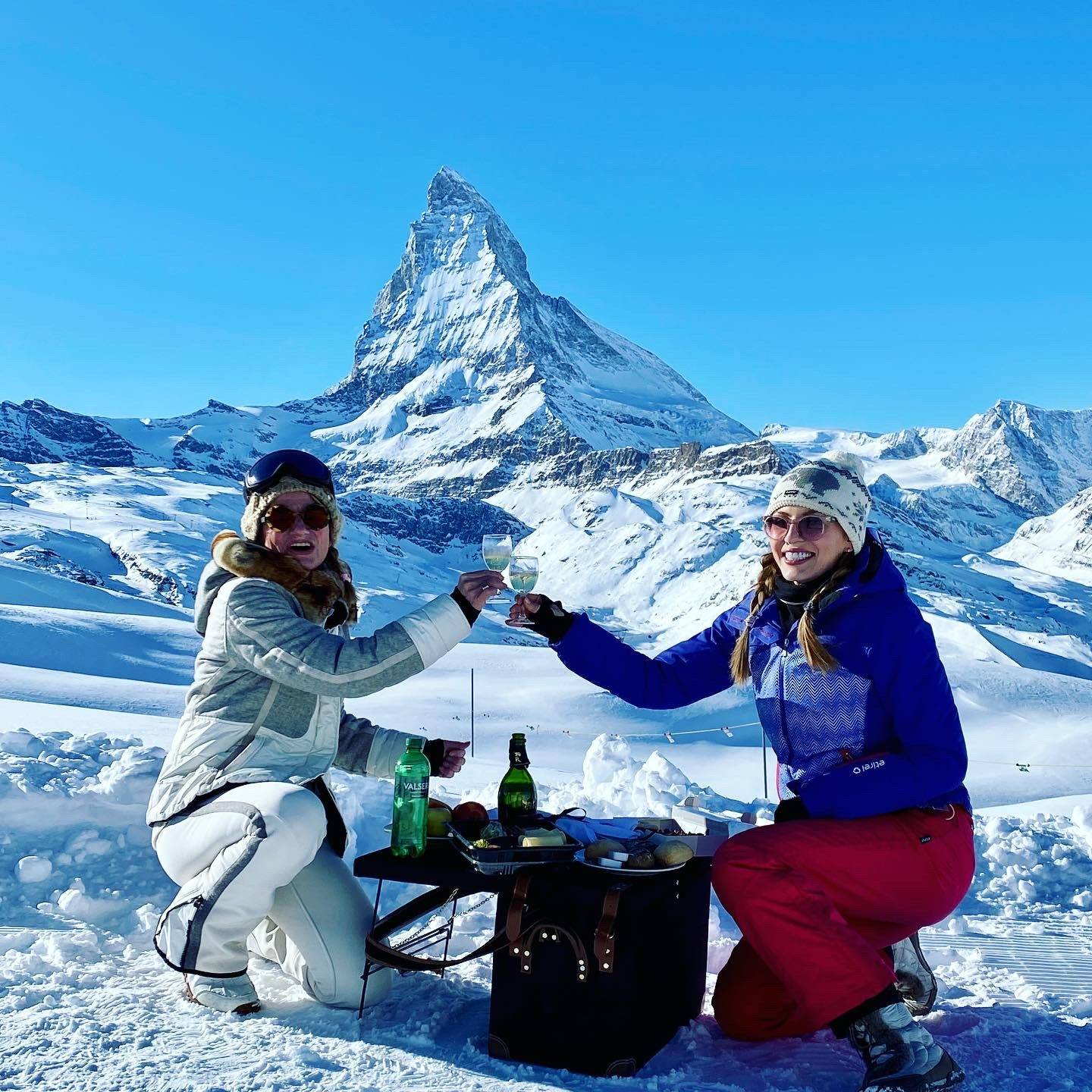 Picnic with Matterhorn view in the mountains with lunch box from Mont Cervin Palace