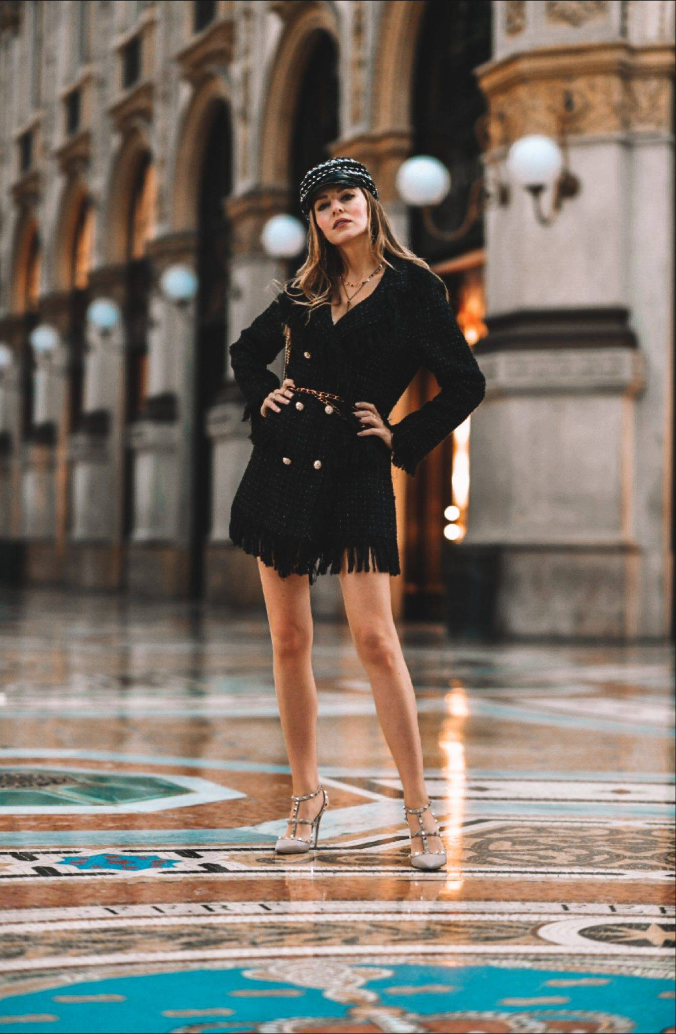 Bella_Zofia is wearing Millé Milano look,  Izabela Switon-Kulinska   In Galleria Vittorio Emanuele Milan.