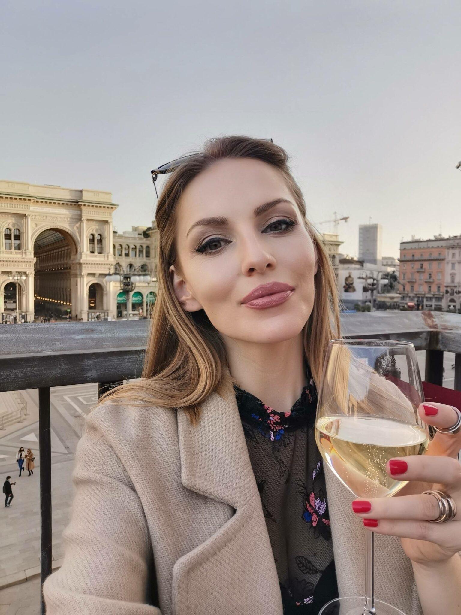 Bella Zofia in Piazza Duomo Milano.
