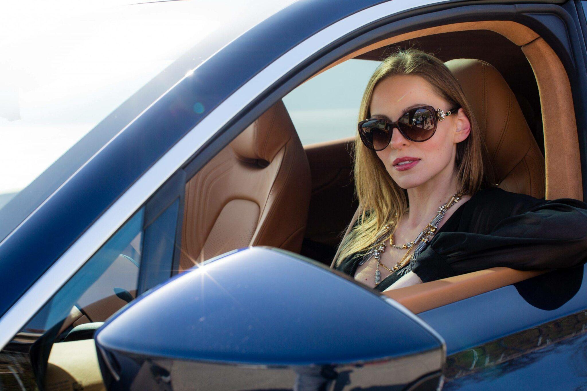 Aston Martin DBX SUV- A modern masterpiece 15