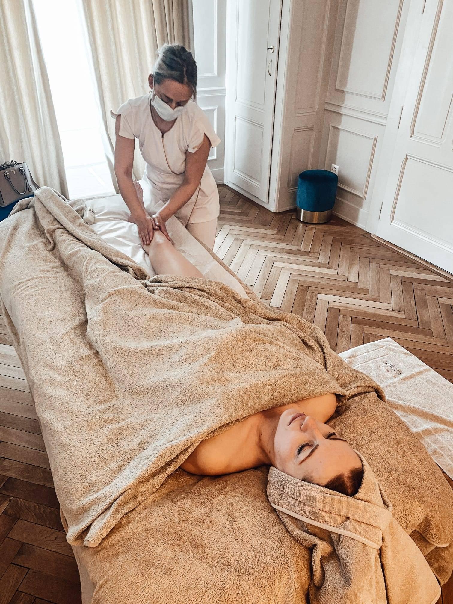 lymphatic drainage at Ambassade de la beauty in Geneva